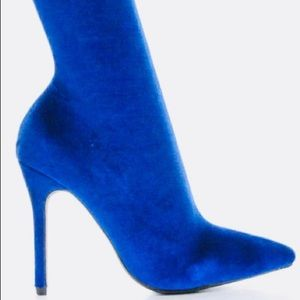 Shoes - Velvet royal blue sock boots